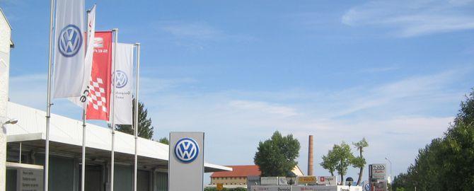 DOMINKO Ptuj - pooblaščeni trgovec in servis za osebna in gospodarska vozila Volkswagen ter pooblaščeni trgovski zastopnik za vozila Audi